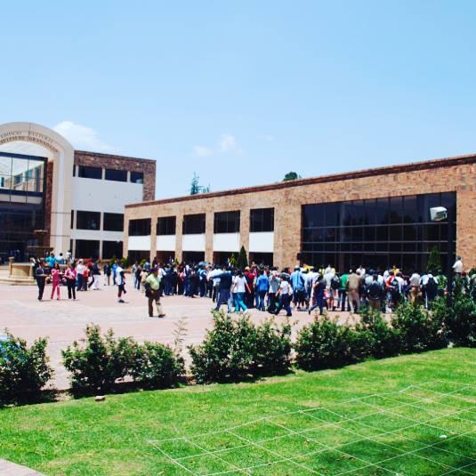 Universidad Santo Tomas - USTA Campus