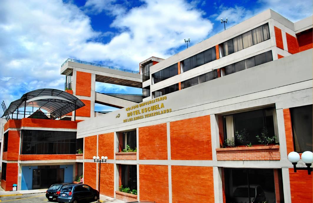 Colegio Universitario Hotel Escuela de Los Andes Venezolanos – UNATUR Campus