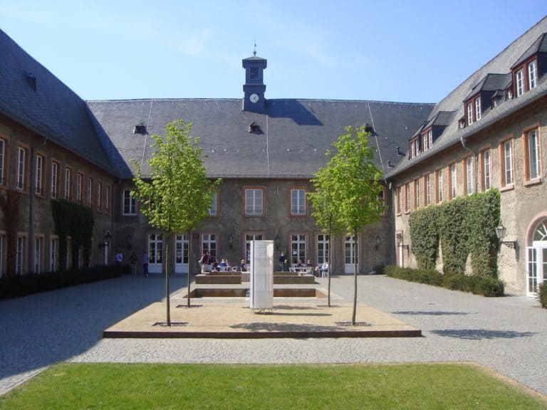 EBS Business School-Campus
